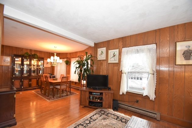 Picture 9 of 44 Thaxter Rd  Newton Ma 4 Bedroom Single Family