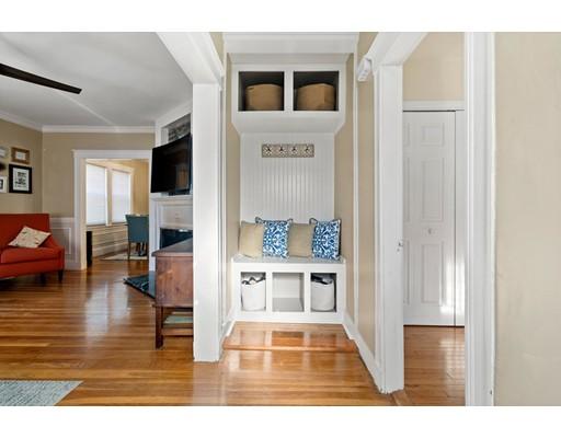 Picture 3 of 92-94 Elmer Rd Unit 1 Boston Ma 3 Bedroom Condo