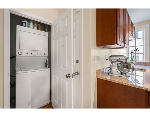 Picture 11 of 92-94 Elmer Rd Unit 1 Boston Ma 3 Bedroom Condo