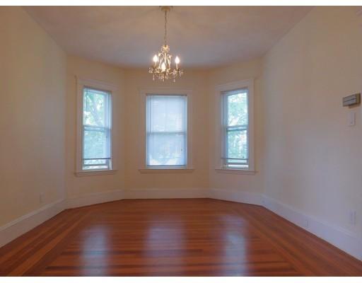 Picture 3 of 30-32 Granville Rd Unit 2 Cambridge Ma 2 Bedroom Condo