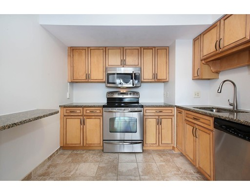Picture 3 of 250 Hammond Pond Pkwy Unit 609n Newton Ma 2 Bedroom Condo