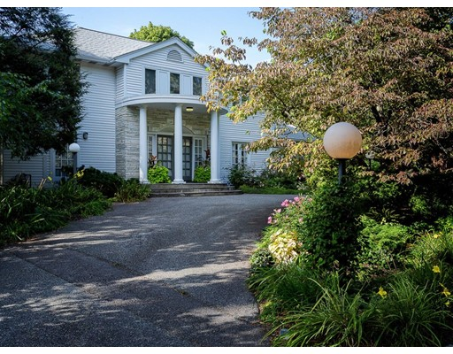 Picture 1 of 60 Maple St  Lexington Ma  4 Bedroom Single Family#
