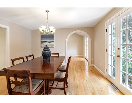 Picture 11 of 60 Maple St  Lexington Ma 4 Bedroom Single Family