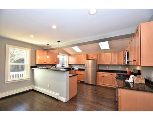 Picture 3 of 22 Washington Street Pl  Boston Ma 3 Bedroom Single Family