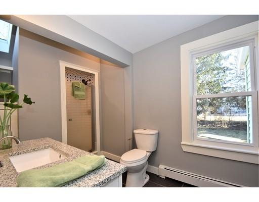 Picture 7 of 22 Washington Street Pl  Boston Ma 3 Bedroom Single Family