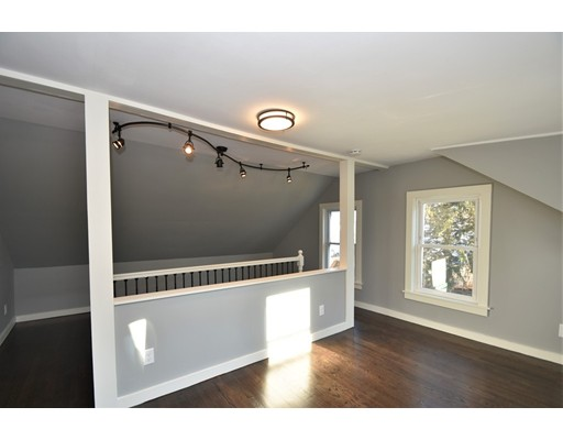 Picture 11 of 22 Washington Street Pl  Boston Ma 3 Bedroom Single Family