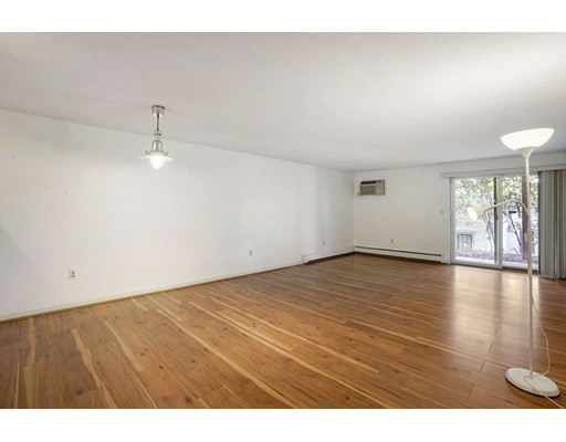 Picture 3 of 91 Spring St Unit 11 Watertown Ma 2 Bedroom Condo