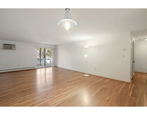 Picture 4 of 91 Spring St Unit 11 Watertown Ma 2 Bedroom Condo