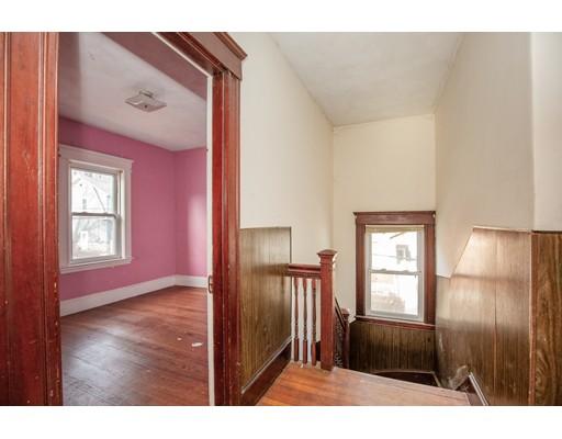 Picture 9 of 228 Poplar  Boston Ma 7 Bedroom Single Family