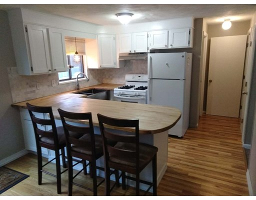 Picture 2 of 49 Lupine Rd Unit 3 Andover Ma 2 Bedroom Condo