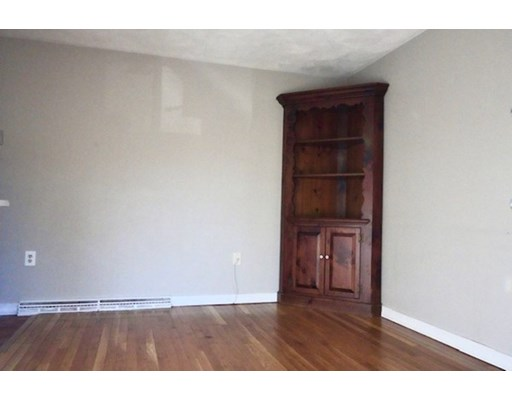 Picture 4 of 49 Lupine Rd Unit 3 Andover Ma 2 Bedroom Condo