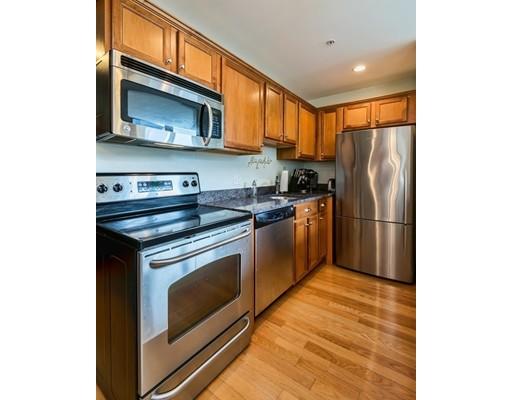 Picture 3 of 2 Hawthorne Blvd Unit 5 Salem Ma 1 Bedroom Condo