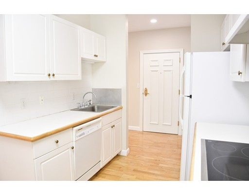 Picture 11 of 6 Green Way Unit 101 Wayland Ma 2 Bedroom Condo