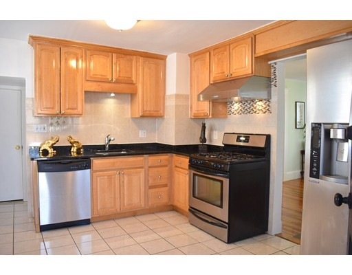 Picture 2 of 70 Carlisle St  Quincy Ma 3 Bedroom Single Family