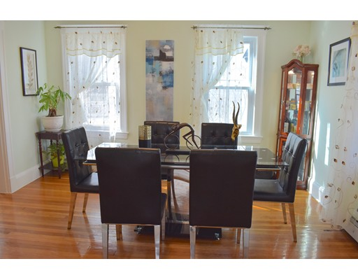 Picture 6 of 70 Carlisle St  Quincy Ma 3 Bedroom Single Family