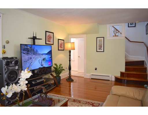 Picture 11 of 70 Carlisle St  Quincy Ma 3 Bedroom Single Family
