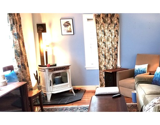 Picture 6 of 273 Lincoln Rd  Sudbury Ma 3 Bedroom Single Family
