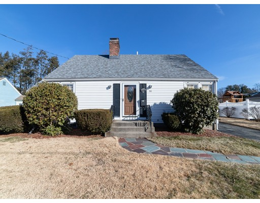 Picture 2 of 51 Candace Ave  Waltham Ma 4 Bedroom Single Family