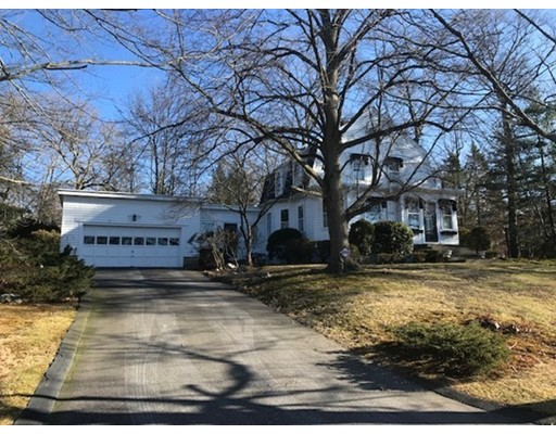 327 Quincy St, Fall River, MA 02720