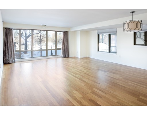 165 Tremont #301 Floor 3