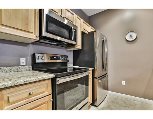 Picture 3 of 8 Walnut St Unit 312 Peabody Ma 1 Bedroom Condo