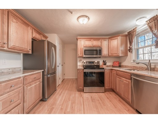 Picture 4 of 19 Meetinghouse Rd Unit 19 Acton Ma 2 Bedroom Condo