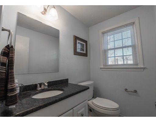 Picture 5 of 19 Meetinghouse Rd Unit 19 Acton Ma 2 Bedroom Condo