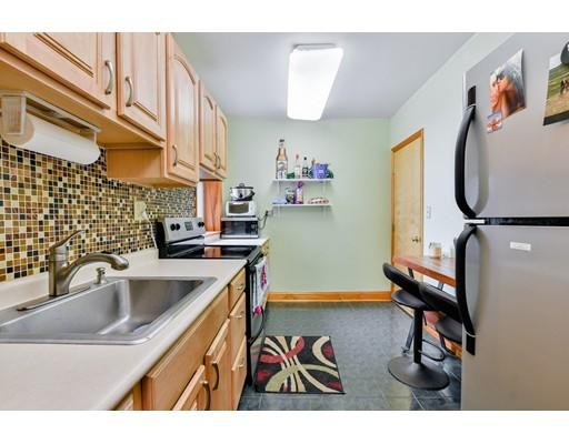 Picture 8 of 10 Jamaicaway Unit 17 Boston Ma 2 Bedroom Condo
