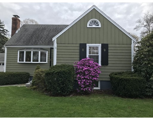 Picture 3 of 125 Bunker Hill Ln  Quincy Ma 3 Bedroom Single Family