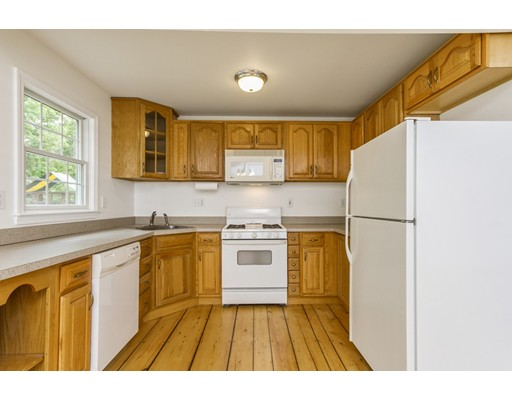 Picture 10 of 4 River St  Westford Ma 2 Bedroom Single Family