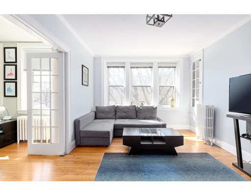 Picture 2 of 10 Jamaicaway Unit 9 Boston Ma 2 Bedroom Condo