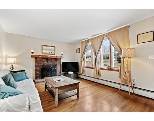 Picture 6 of 42 Sherwood St  Dedham Ma 4 Bedroom Single Family