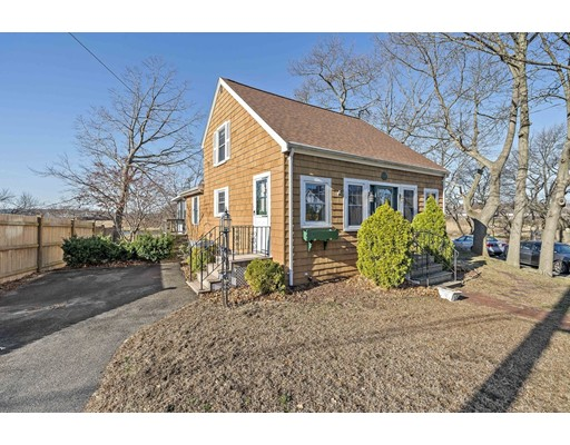 Picture 3 of 10 Eaton Rd  Quincy Ma 2 Bedroom Single Family
