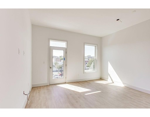 Picture 5 of 163 Glen St Unit 302 Somerville Ma 2 Bedroom Condo