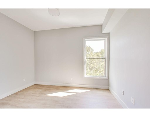 Picture 6 of 163 Glen St Unit 302 Somerville Ma 2 Bedroom Condo