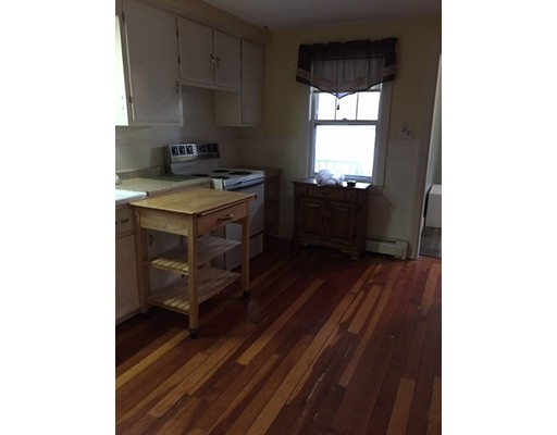 Picture 3 of 43 Lincoln St  Methuen Ma 4 Bedroom Single Family