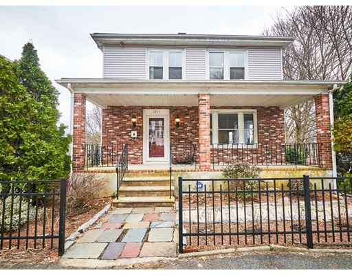 Picture 1 of 1211 Salem St  Malden Ma  3 Bedroom Single Family#
