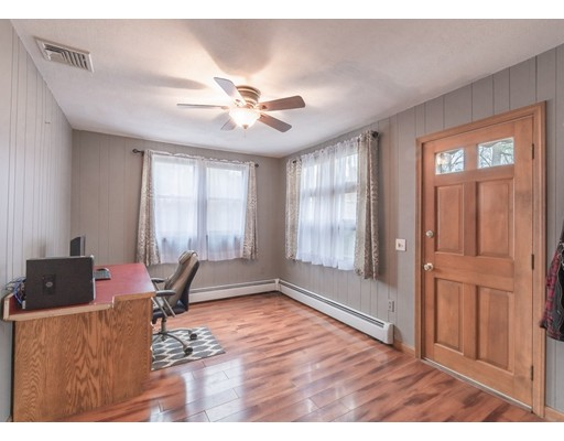 Picture 4 of 127 Hillcrest Rd  Dracut Ma 2 Bedroom Single Family