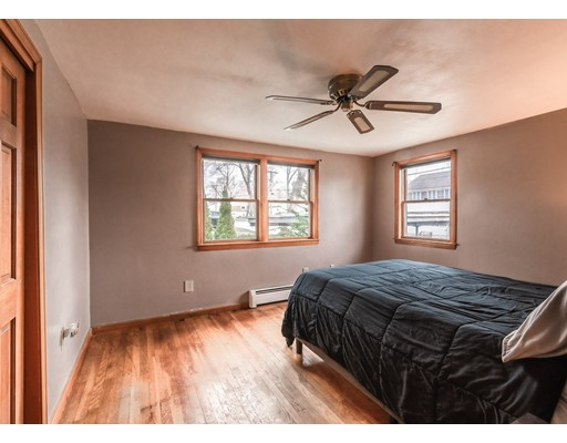 Picture 6 of 127 Hillcrest Rd  Dracut Ma 2 Bedroom Single Family
