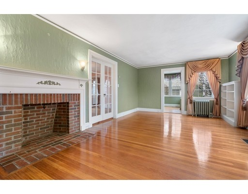 Picture 5 of 59 Barnard Ave  Watertown Ma 4 Bedroom Single Family