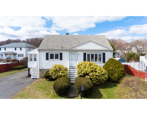 Picture 1 of 57 Richard St  Saugus Ma  3 Bedroom Single Family#
