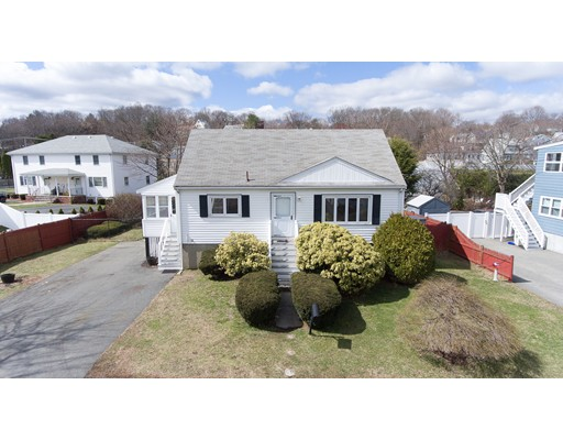Picture 4 of 57 Richard St  Saugus Ma 3 Bedroom Single Family