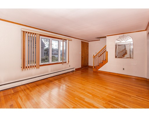 Picture 11 of 57 Richard St  Saugus Ma 3 Bedroom Single Family