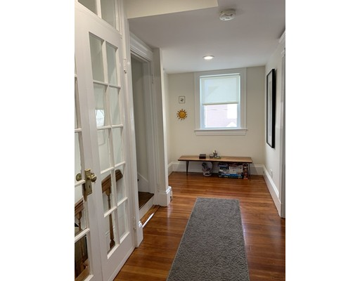 Pictures of  property for rent on Parker St., Watertown, MA 02472