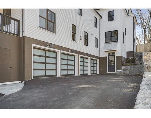 705 Hammond Street  Brookline MA 02467