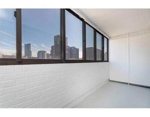Picture 5 of 6 Whittier Place Unit 7l Boston Ma 0 Bedroom Condo
