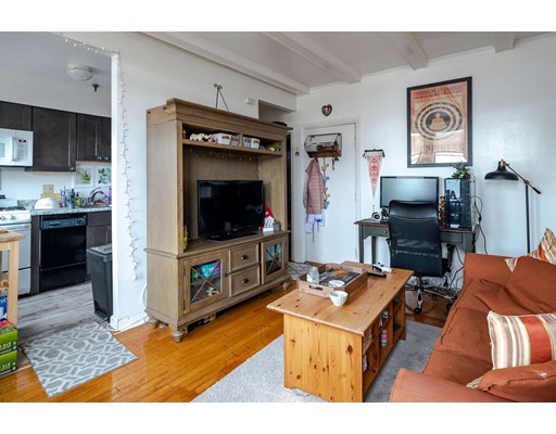 26 Commonwealth Terrace #12AA