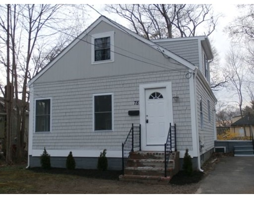 78 Forest St, Middleborough, MA 02346