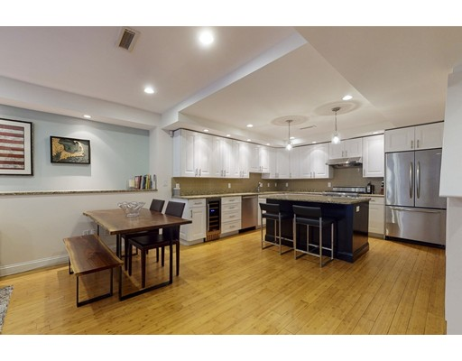 Photo of 14 Worcester Sq #1
