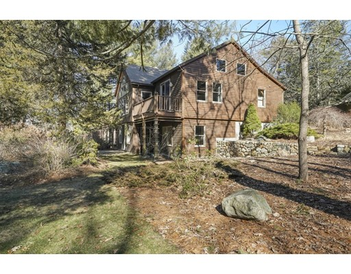 Picture 4 of 445 Conant Rd  Weston Ma 4 Bedroom Single Family